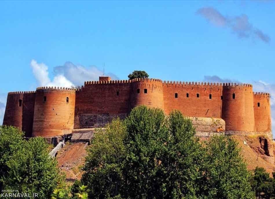 افزایش نگرانی ها از سرنوشت نمناک قلعه فلک الافلاک