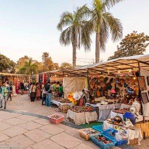 بازار محلی دیلی هات